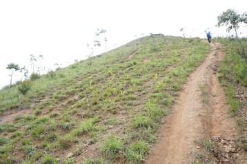 由越野電單車造成的山路