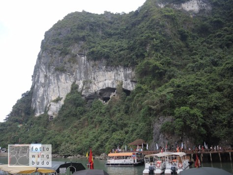 Eingang zur Sung Sot Höhle
