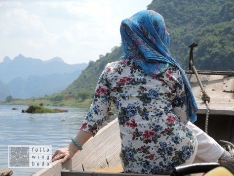 Mit dem Boot Richtung Phong Nha Höhle