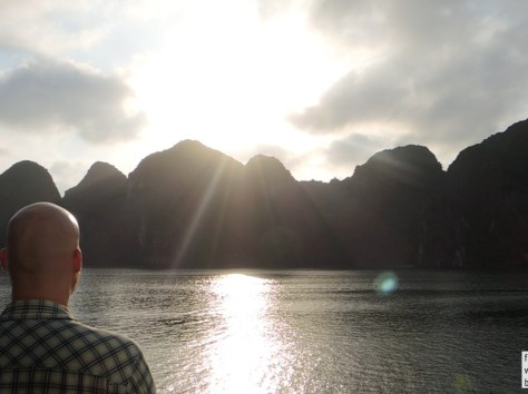 Sunset Halong Bay Videostill 1000x750