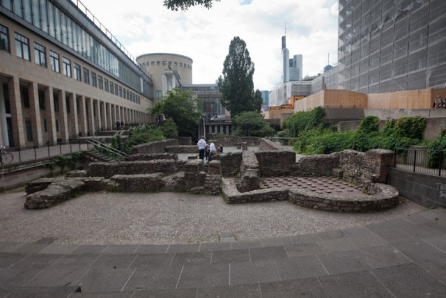 Roman bath ruins, Frankfurt am Main (CC BY-NC 2.0)