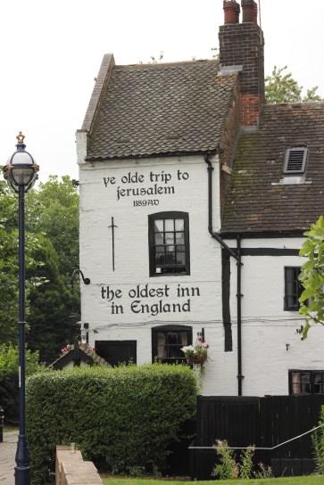 Cute old inn in Nottingham