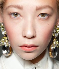 meadham-kirchhoff-spring-2013-blue-dot-makeup