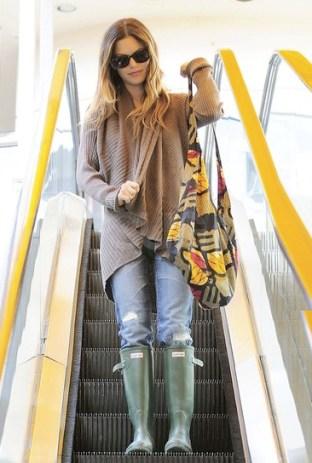 Rachel-Bilson-Rain-Boots