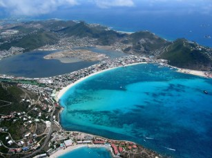 Sint_Maarten_Philipsburg_capital_largest