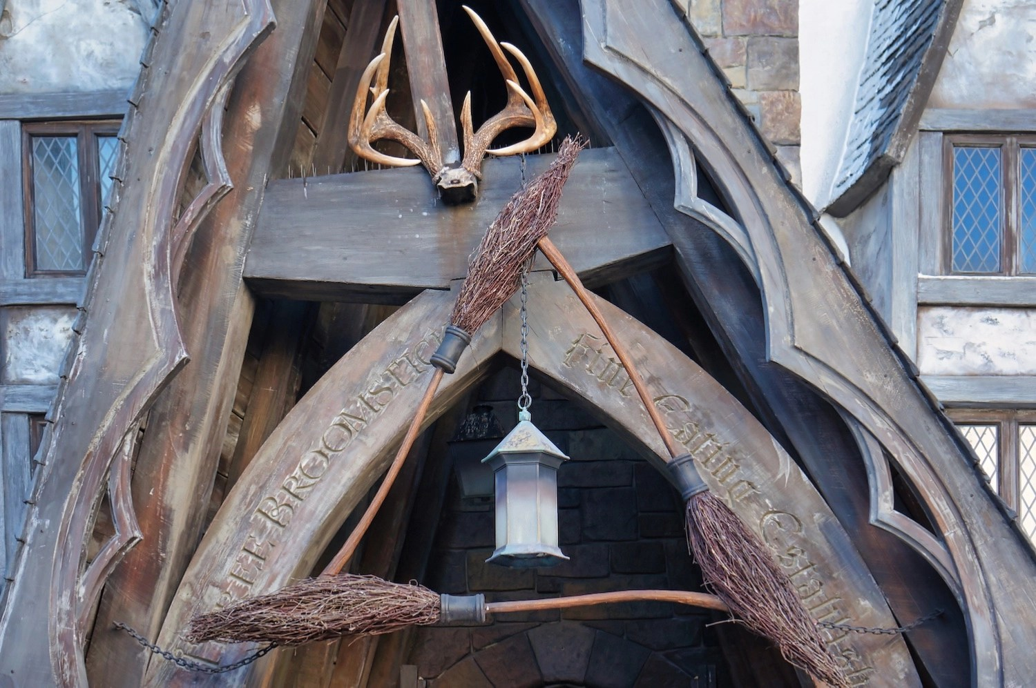 Wizarding World Virtual Visit - Three Broomsticks