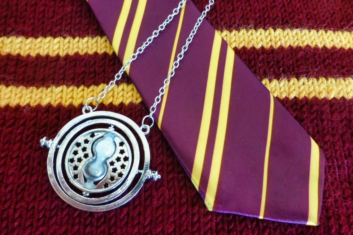 Gryffindor Gift Guide Hero
