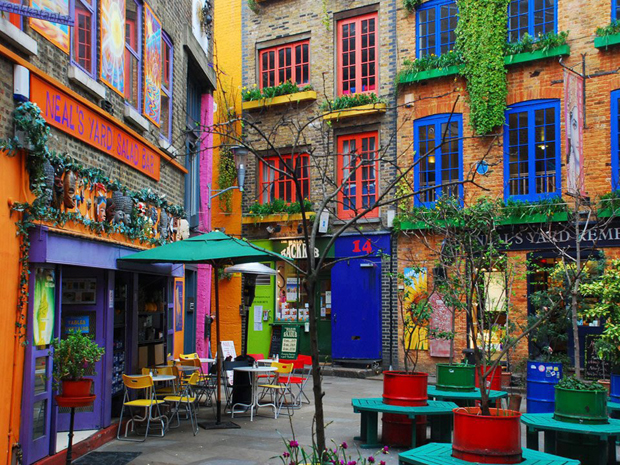 followthecolours-neils-yard-london