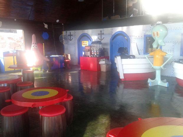 follow-the-colours-krusty-krab-salta3-burger-08