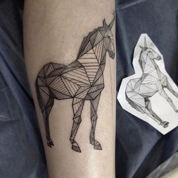 follow-the-colours-tattoo-friday-sasha-masiuk-16