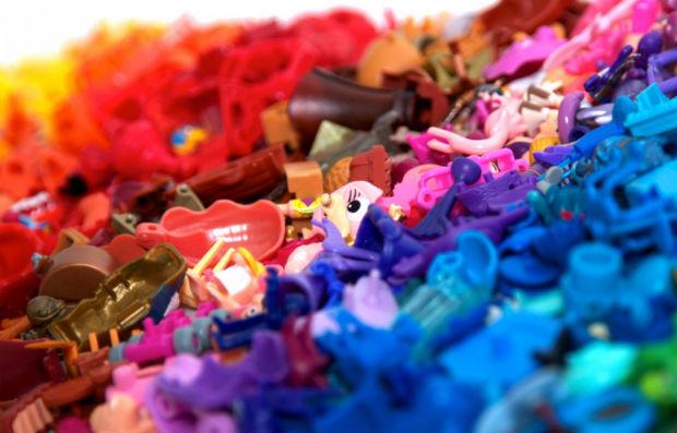 follow-the-colours-kinder-pantone-05
