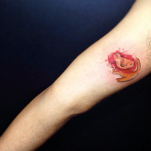 follow the colours tattoo friday LCjunior aquarela rei leão