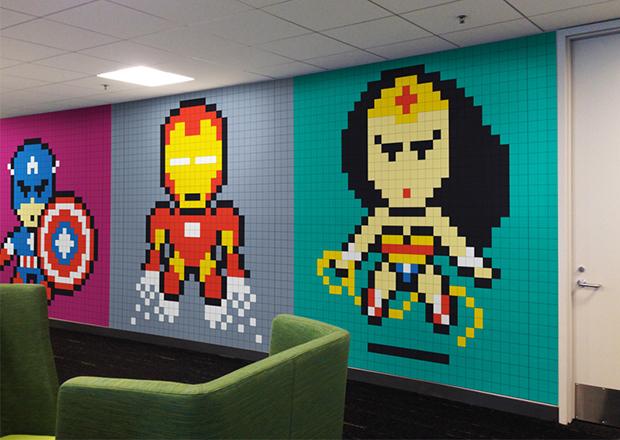 Post its super-heróis escritório Ben Brucker 02