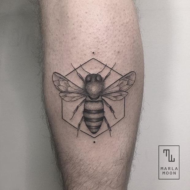 tattoo tatuagens linhas finas marla moon abelha