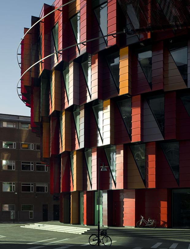 follow-the-colours-arquitetura-colorida-Kuggen-Gotemburgo-Suecia-05
