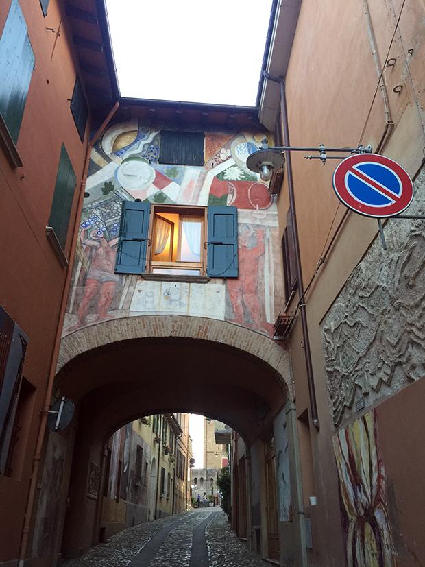 follow-the-colours-italia-viagem-dozza-19