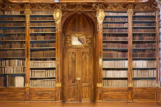 biblioteca-praga-2