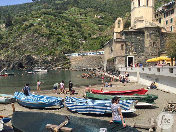 follow-the-colours-cinque-terre-vernazza-italia-01