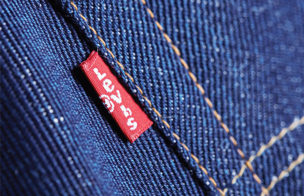follow-the-colours-jeans-levis-calca-reciclada-algodao-01