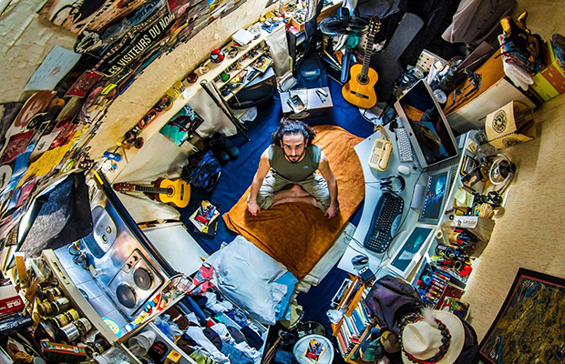 he-started-at-home-in-france-but-ended-up-photographing-bedrooms-in-55-different-countries