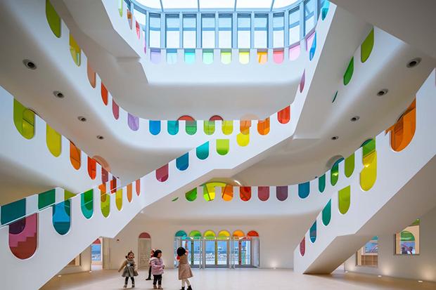 jardim de infância vidros coloridos Tianshui china