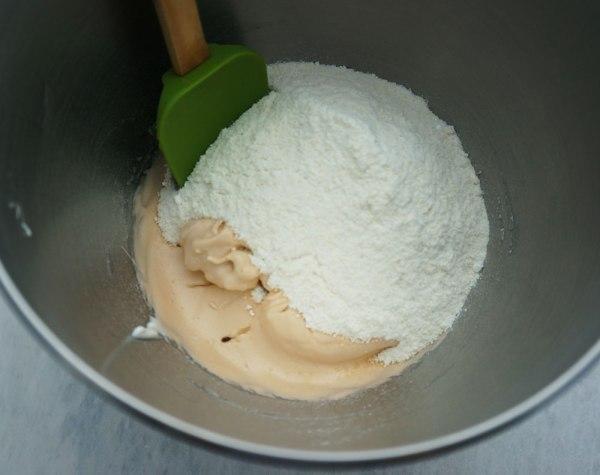 Chocolate-Hazelnut-Macarons3