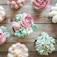 How to Make Floral Inspired Cupcakes