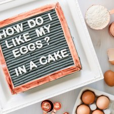How to Make a Letterboard Cake