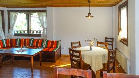 Complex Kosovo Houses, Honeymoon, Suite, living room