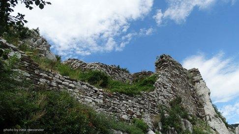 Assens-fortress-bulgaria-walls