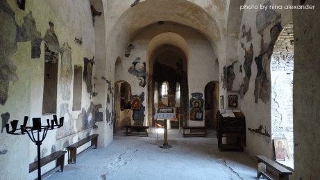 Inside-the-church-in-assens-fortress