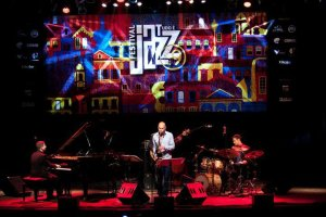 Ouro Preto Jazz Festival with Joshua Redman. Photo from eldarmusic.com