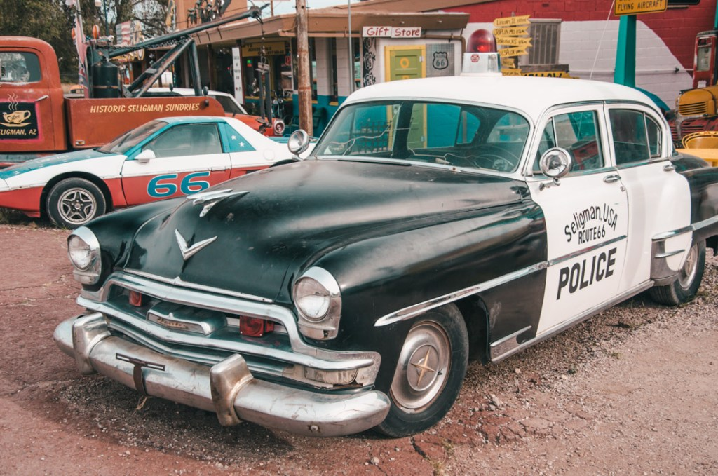 wynajem auta w Stanach policja