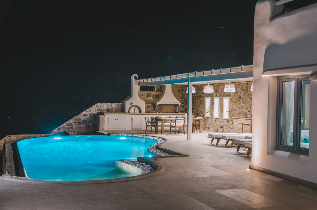 Naxos Rock Villas - by night