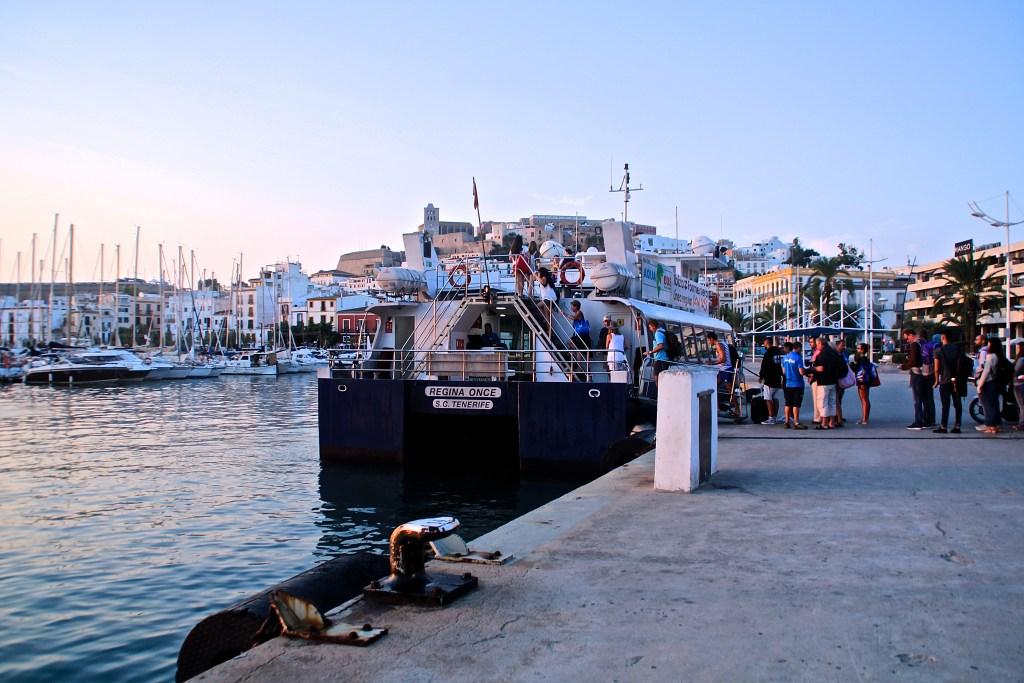 Die günstigste Fähre für einen Tagesausflug nach Formentera