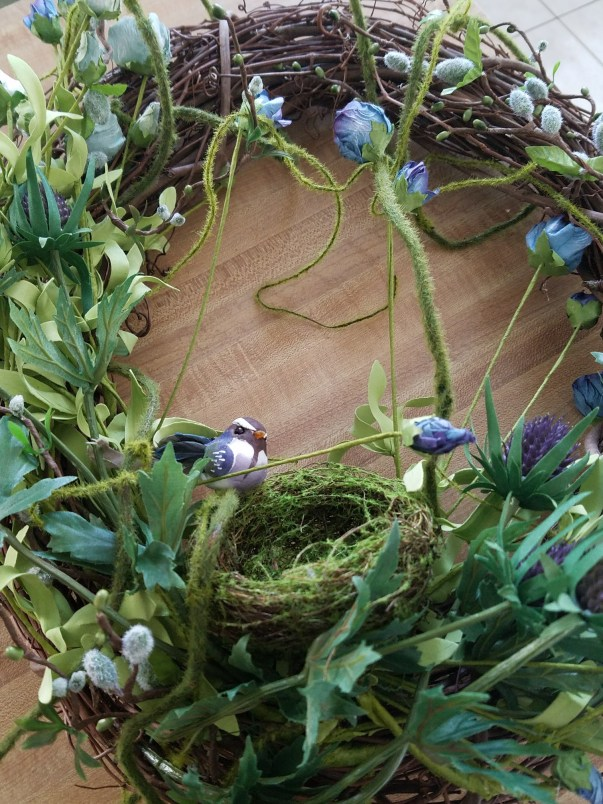 Spring wreath tutuorial how to make a spring wreath with roses, moss and thistle