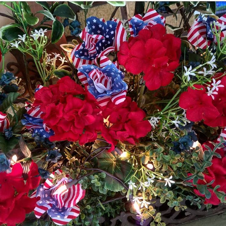 Pretty Fourth Of July Flower Arrangement with American Flag Roses