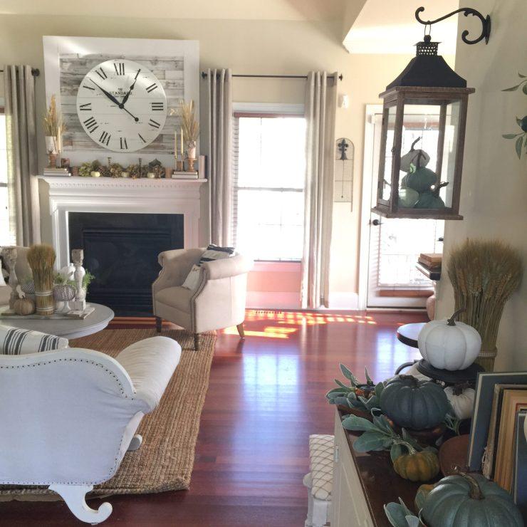 Beautiful fall farmhouse home tour neutral colors
