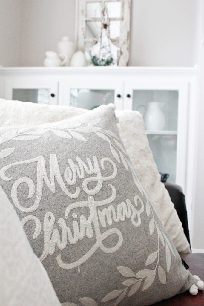 Beautiful Farmhouse Style Christmas living room winter white decor
