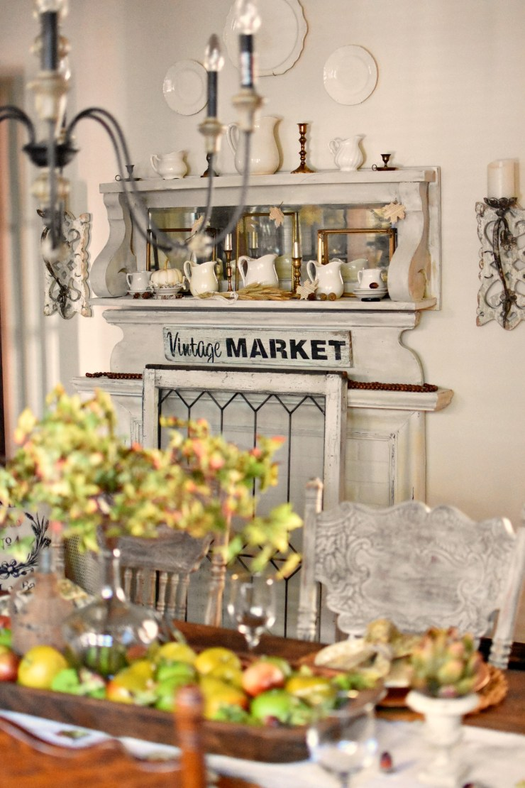 Beautiful French Country Farmhouse style dining room fall dining room ideas vintage fall decor