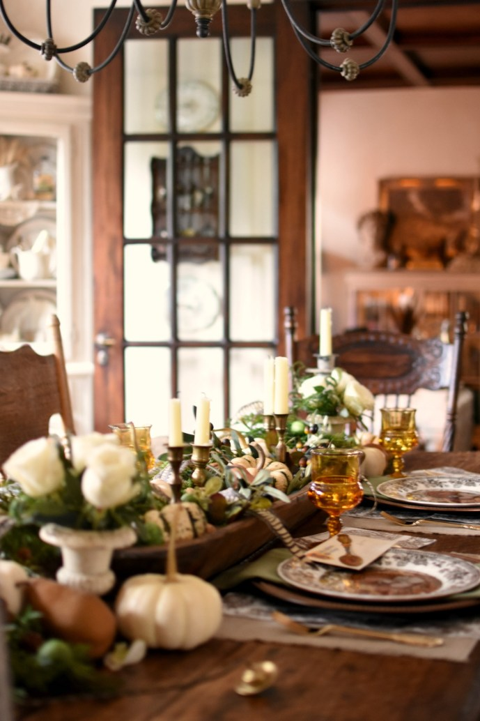 Elegant Thanksgiving Tablescape with vintage amber glass thumbprint goblets