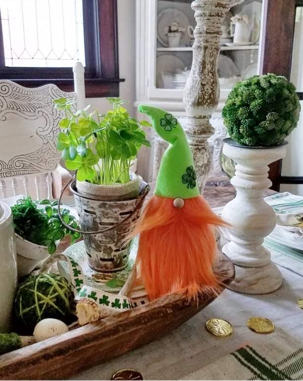 Adorable DIY St. Patrick's Day gnome Saint Patrick's Day gnome