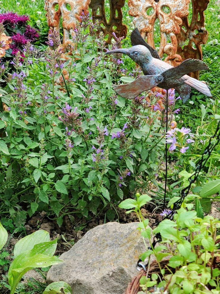 plastic garden stake diy faux copper garden stake hummingbird garden hummingbird mint