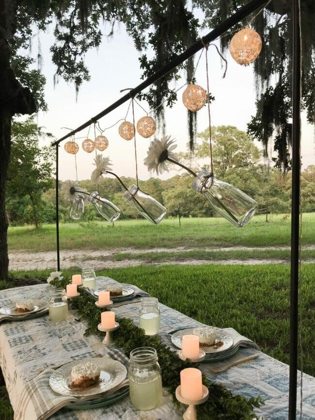 summertime tablescape quilt