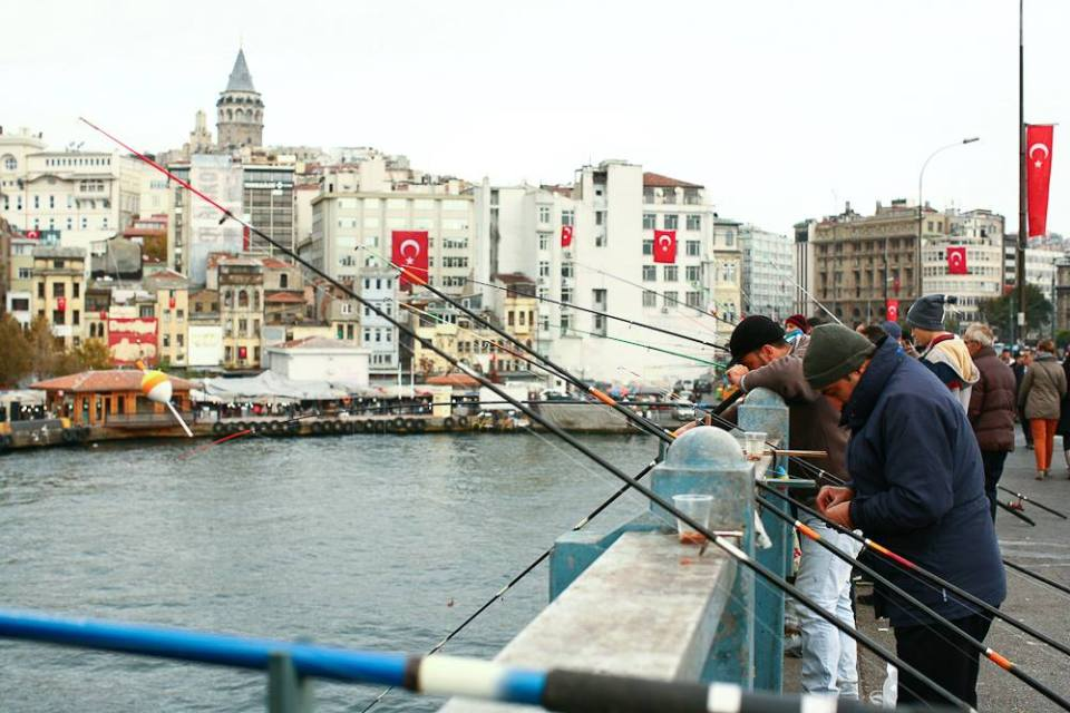 Turkey_GalataBridge_001
