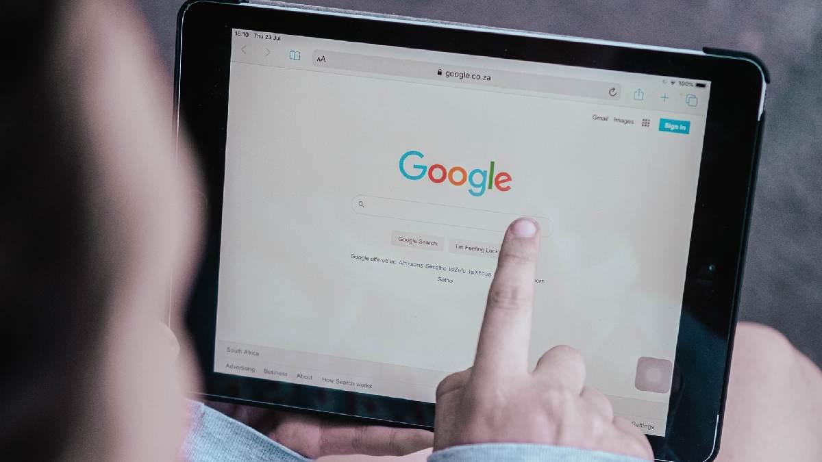 Google tarareando