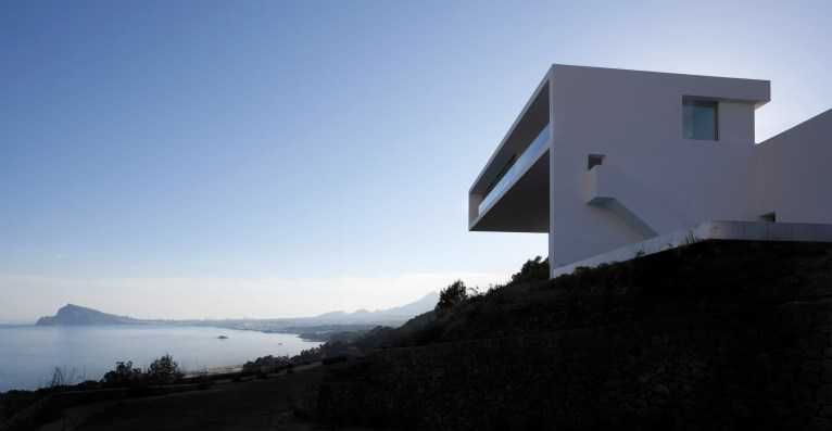 FRAN_SILVESTRE_ARQUITECTOS_VALENCIA_-_HOUSE_ON_THE_CLIFF_-__IMG_ARQUITECTURA_-_06