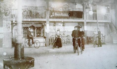 rijschool Den Haag ca. 1899