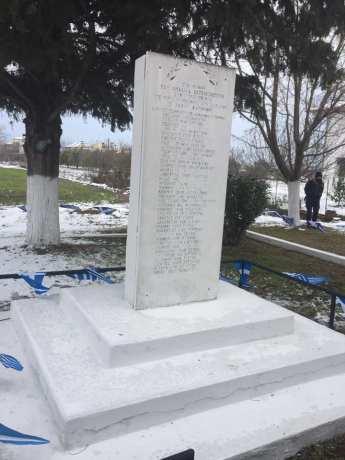 και δεν ξεχνάμε τη θυσία των 43 Πιεριέων πατριωτών 2