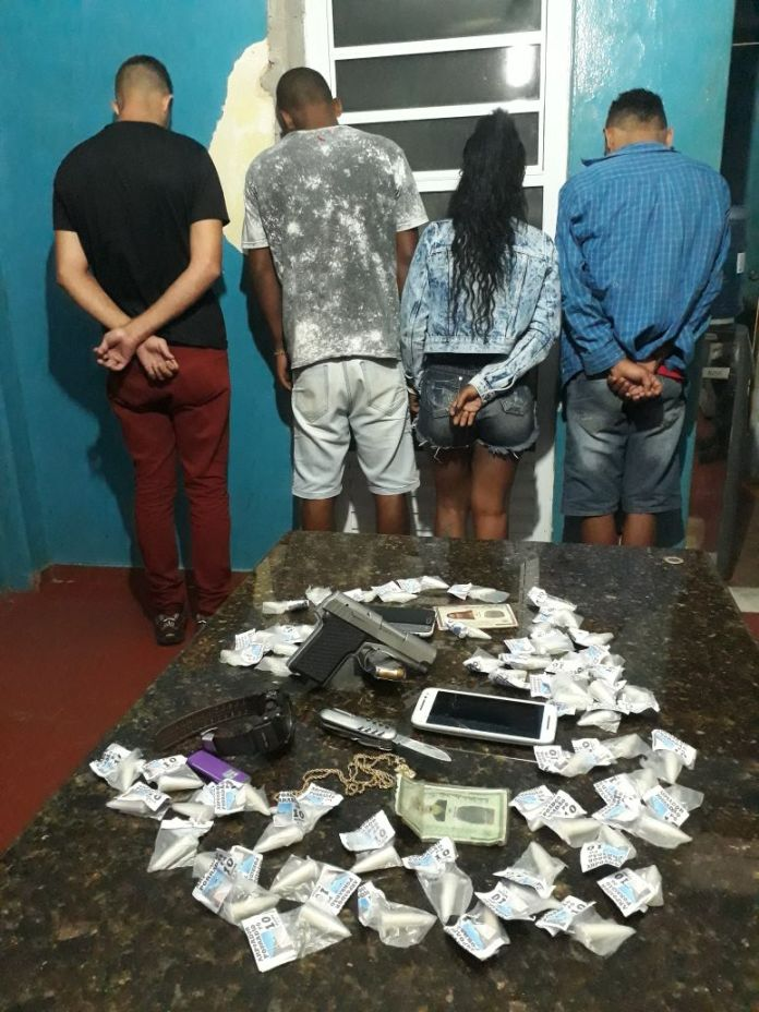 Grupo de Búzios é preso com pistola e cocaína na RJ-106 nesta sexta